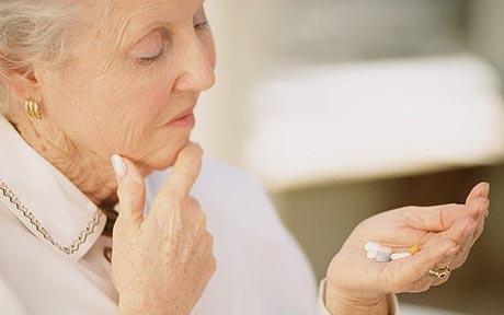 چگونه از افرادی که آلزایمر دارن نگهداری کنیم ؟